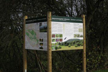 Informationstafeln zum Naturschutzgebiet Dönche.