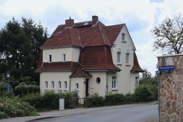 Rund um die Wiederholdstraße befinden sich repräsentative Villen.
