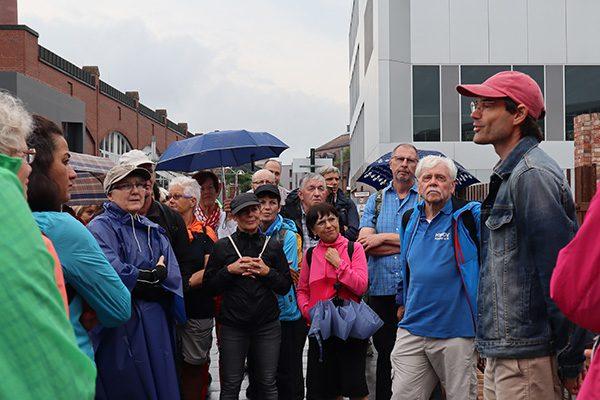 An der Universität (Stadtteil Nord-Holland) kam man über die (Industrie-)Geschichte des Standorts ins Gespräch.