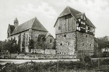 Klosterkirche und Zehntscheune um 1910.